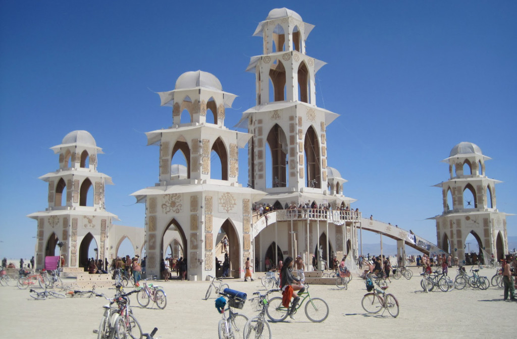 burning-man-temple-of-transition
